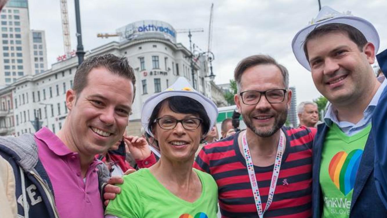 Slovenija kot država prvič sodelovala na tradicionalni Paradi ponosa v Berlinu